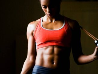 3 Simple Fitness Exercises for Women at home